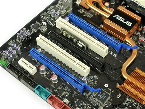 集显功耗几乎降为零 780a芯片组深度测试(7)_