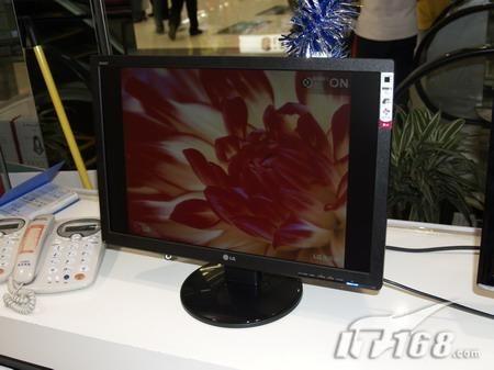 高对比度LG22寸大屏液晶降至1799元