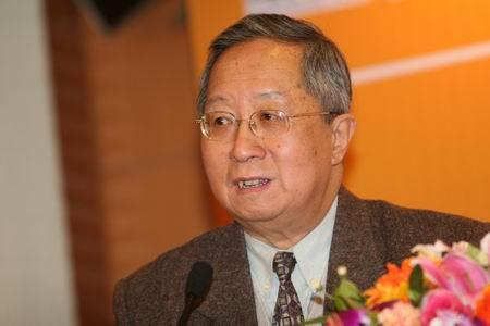 科技时代_图文:中国互联网协会常务副理事长高新民