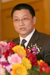 电信管理局王安平