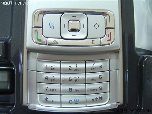 向街机标准看齐诺基亚N95行货最低价
