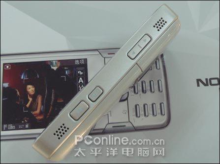 巅峰之作诺基亚GPS全能N82行货售4680