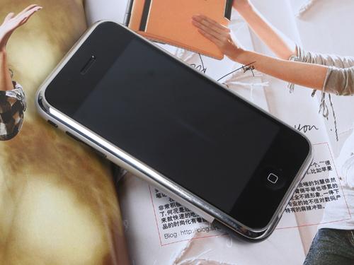疯狂大甩卖近期最热门手机降价排行榜(3)