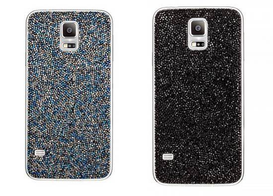 施华洛世奇版三星Galaxy S5的后盖镶满了水晶