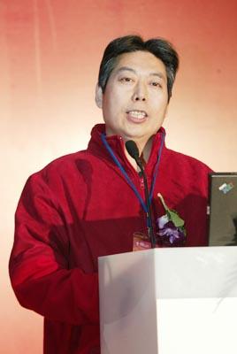 科技时代_图文:清华大学经济管理学院教授高旭东发言