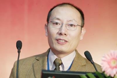科技时代_图文:北京华瑞塞维总经理冯谦发言