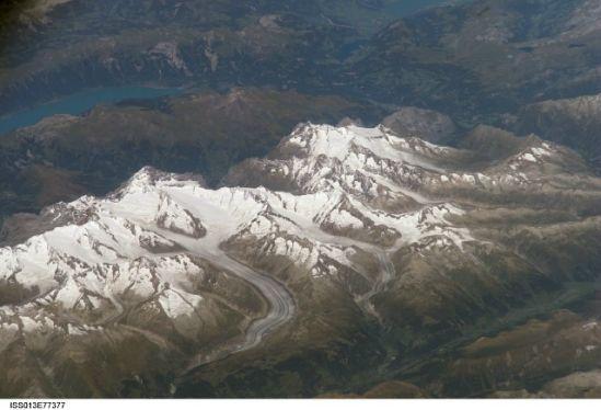 国际空间站十佳地球照片:冰雪阿尔卑斯山