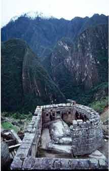世界十二个古天文台:中国告成观星台入选