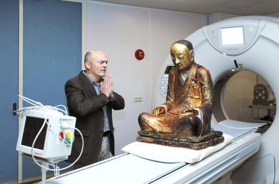 佛子呼吁佛教界联名支持明贤法师倡议