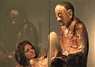 荷兰收藏家将把肉身古佛捐还中国寺庙