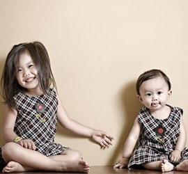 若不能平衡俩宝关系慎选生二胎