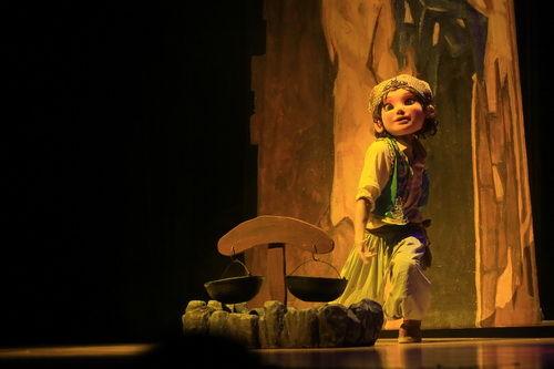 中外经典儿童剧竞相展演第三届中国儿童戏剧节(图)