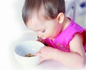 孩子吃饭太挑剔怎么办?