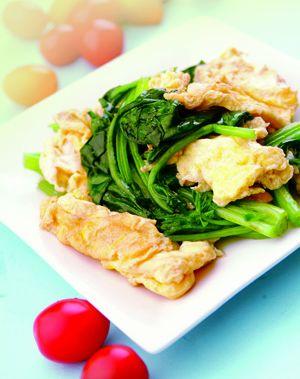 孕期食谱:菠菜炒鸡蛋(图)