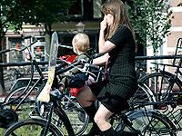 荷兰:不一样的单车风情