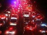 大部分路段交通瘫痪