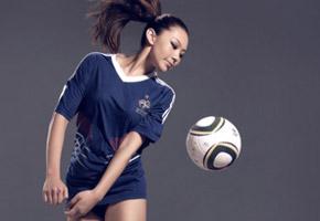 刘闻雯:2010南非足球宝贝大片