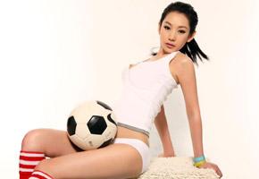 徐黛妮:我的雷人版足球宝贝