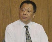 台北市出版商业同业公会理事长李锡东