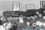 德国军官圣诞狂欢