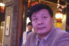 新华出版社副总编辑张宝瑞