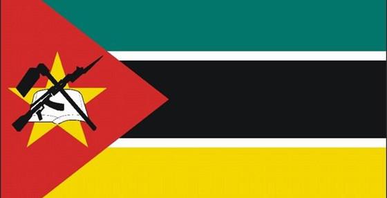 莫桑比克干脆将AK47放到了国旗上