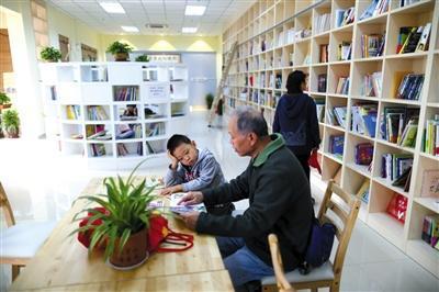 北京试水新型书店参观文物与阅读相结合