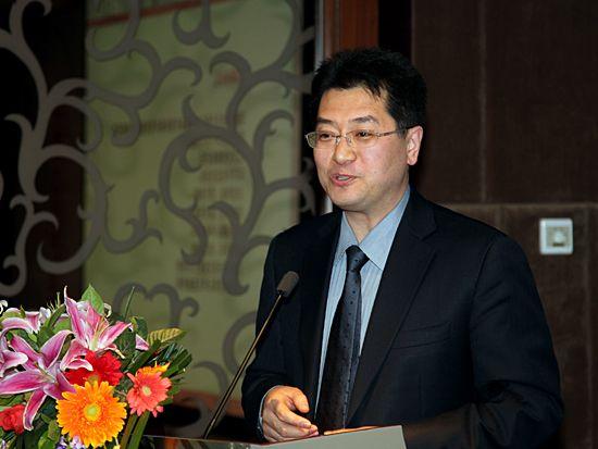 百雅轩文化艺术机构董事长、总裁李大钧(图片来源:新浪财经 梁斌 摄)