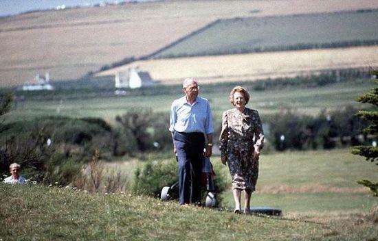 撒切尔夫人经常到乡村去度假。