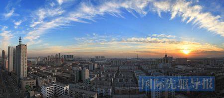 开发区迅猛发展的同时,滨海新区中的老城区也发生了翻天覆地的变化。