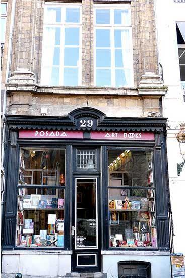 比利时布鲁塞尔:波萨达书店