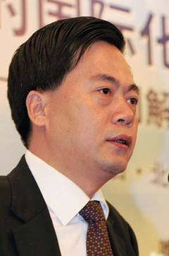 安徽华菱汽车有限公司董事长刘汉如