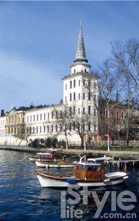 在伊斯坦布尔,同样可以见到浓郁的欧洲风情。