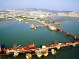 10万吨级油码头及库区鸟瞰图