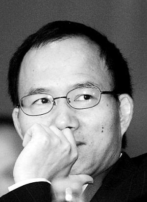 SOHO中国董事长潘石屹和复星董事长郭广昌间的交锋将继续。