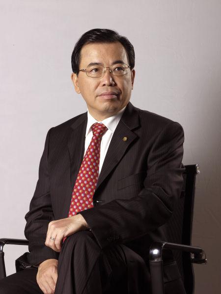 图为TCL集团股份有限公司董事长兼首席执行官李东生