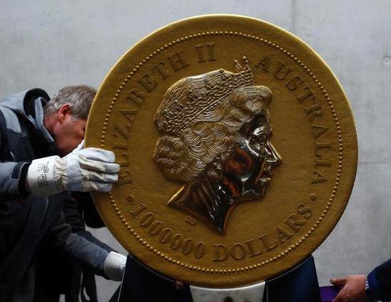 德国展出世界最大金币直径80厘米重约1吨(图)