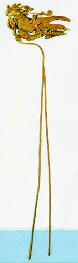 图7 陕西临潼的金代窑藏出土的一件金凤钗