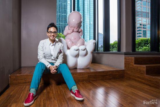 郑志刚,来自香港的文化企业家领袖