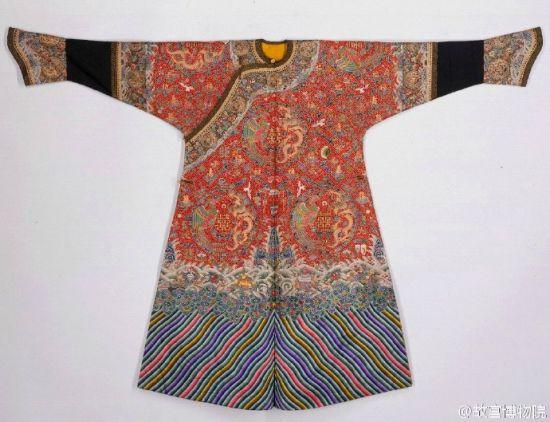 清朝妃子服装花纹素材