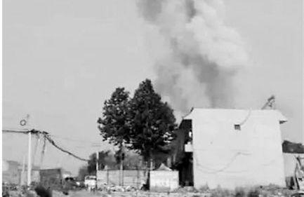 河北一烟花爆竹非法窝藏点爆炸 事故已致15人亡
