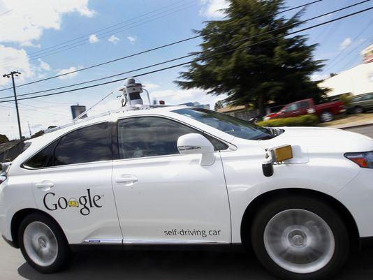 美国将电脑视为谷歌公司无人驾驶汽车的司机