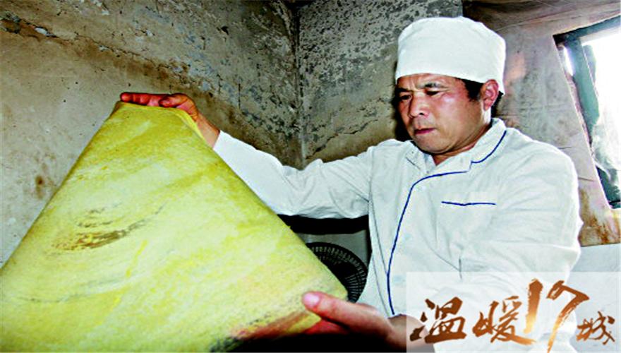 """温暖十七城:淄博""""煎饼哥""""江照云20年捐款30万"""