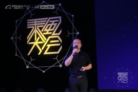 南宁市龙翔学校副校长 胡孝红