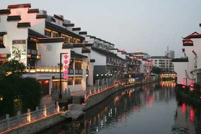 南京――依恢宏厚重而显出舒展面容