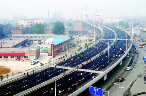 石家庄槐安路:曾经的外市沟 如今的快速通道