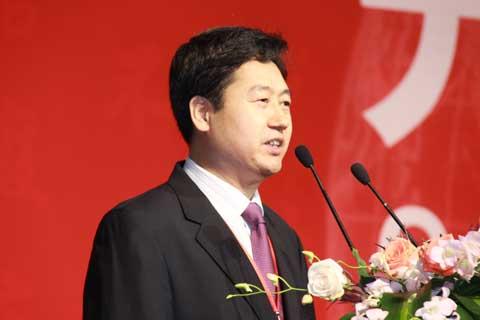 中粮集团总裁助理朱福堂在开幕式上致词(图)