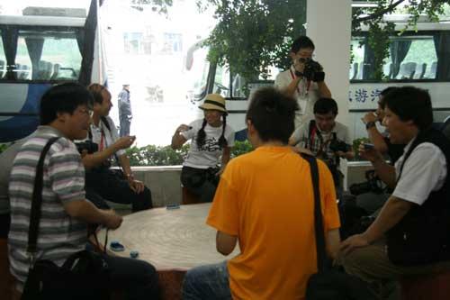 9月14日:获奖网友参观五粮液集团(组图)