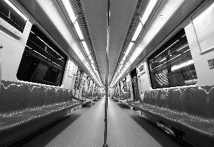 南京:乘着地铁看江景 年底走起