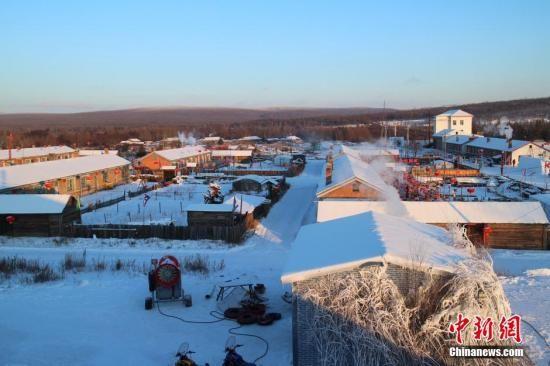 """呼伦贝尔迎""""冬游大考"""":一路向北 寻找最美的冬天"""